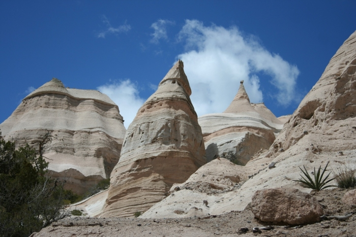 Kasha-Katuwe Tent Rocks and Santa Fe , NM – April, 2009